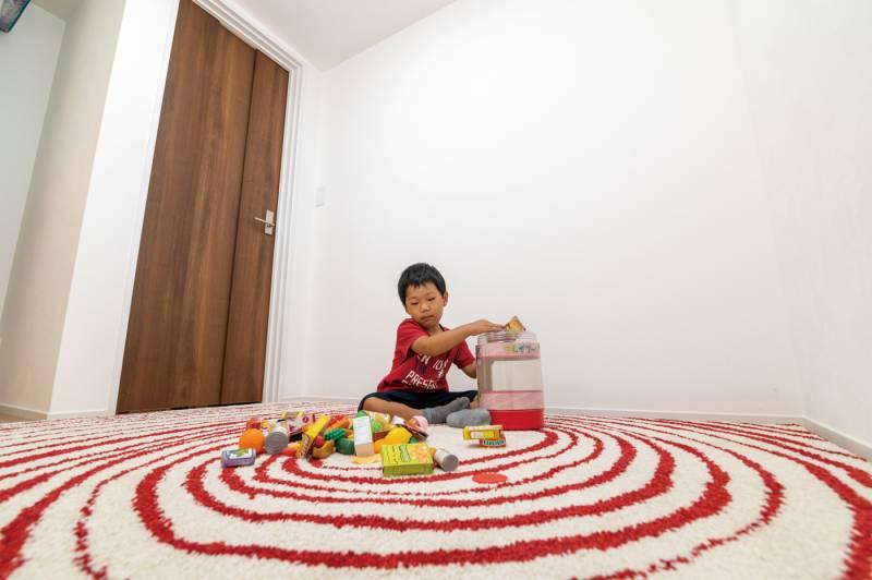 家族の健康と幸せを守る オシャレで快適なバリテイストの家 画像10枚目