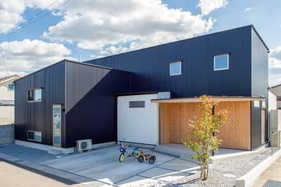 家族の暮らしと風土にフィットした設計士と二人三脚で作った家